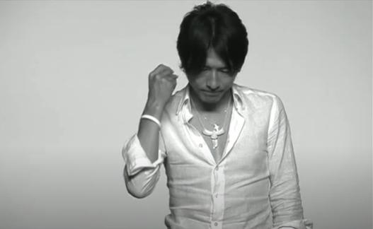 慈善活動 桜井和寿 ホワイトバンドプロジェクト